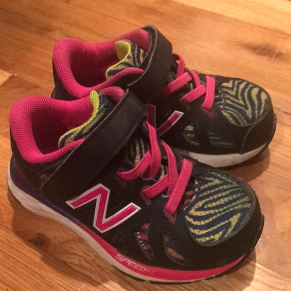 5114b4fe NewBalance Toddler shoes